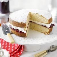A Very British Cake